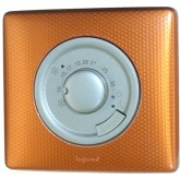 Thermostat ambiance fil pilote base titane sur finition du serpent orange